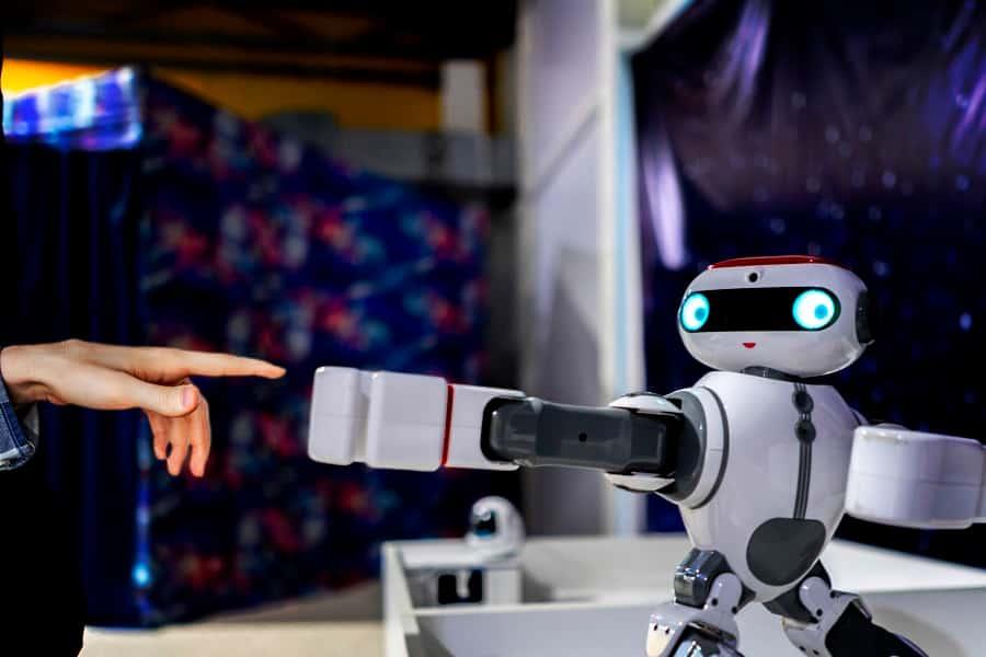 robot japones
